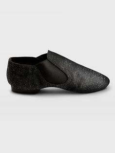 Sometimes I wish I'd stuck with dance... If I did I WOULD have glittery jazz shoes like these:D