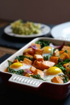 Taste amazing and healthy too. Spicy Sweet Potato Hash with Baked Eggs and Avocado Side Diet Recipes, Vegetarian Recipes, Cooking Recipes, Healthy Recipes, Delicious Recipes, Healthy Foods, Yummy Food, Potato Dishes, Savoury Dishes