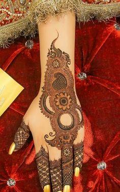 Bridal Songs, Kashees Mehndi, Kashee's Mehndi Designs, Fashion Dresses, Tattoos, Color, Fashion Show Dresses, Tatuajes, Trendy Dresses