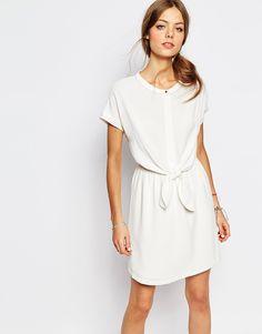Suncoo+Tie+Waist+Dress+in+White