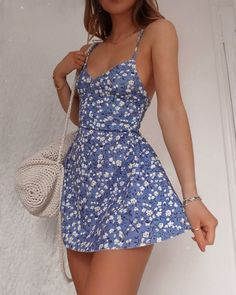 Blue Pretty Flowy Mini Dress for Spring - Pretty Womens Fashion Dresses Cute Casual Outfits, Girly Outfits, Summer Outfits, Party Outfit Casual, Converse Outfits, Black Dress Outfits, Beach Outfits, Dress Casual, Summer Dresses