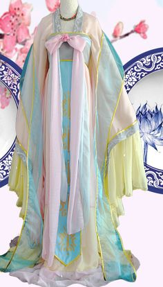 Ancient Chinese Fairy Costumes Complete Set for Women - Chinese Ideen Chinese Traditional Costume, Traditional Fashion, Traditional Dresses, Hanfu, Princess Costumes, Princess Tutu Dresses, Fantasy Dress, Fantasy Hair, Fantasy Makeup