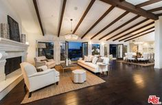 The Living Room - Mila Kunis Los Angeles Mansion - Photos