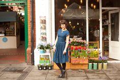 The darling horse print Loretta dress Dublin Street, Horse Print, Carousel, Style Fashion, Street Style, Clothing, Flowers, Vintage, Dresses