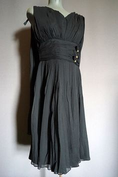 vintage Little Black Dress from The Mabs Collection for sale Dresses For Sale, High Fashion, Vintage Outfits, Formal Dresses, How To Wear, Clothes, Collection, Black, Women