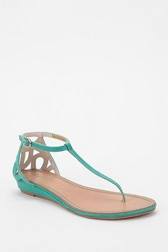 Seychelles Fearless Floral Cutout Thong Sandal