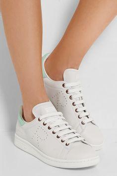 f4ceaeddec A(z) Sporty nevű tábla 53 legjobb képe | Adidas sneakers, Sporty és ...
