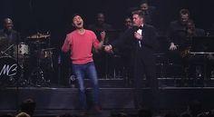 O cantor Michael Bublé gosta muito de interagir com o público e não são raras as vezes em que ele convida as pessoas para subir no palco e improvisar canções. Neste caso, no entanto, uma garoto…