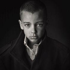 Fine Art Child Portrait Black and White - Museportraits.co.uk