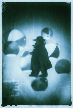 Maigret e la nebbia di Parigi Design Toto Dinoi /Copertine inesistenti /Giochi di carta