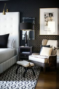 Although I'm sure you already have plenty of master bedroom design ideas in mind, before you start decorating the room you must pay attention to the basics. By definition, the master bedroom is usually the largest one in the house… Continue Reading → Black Interior Design, Black And White Interior, Black White, Modern Interior, Large White, Black Cream, White Beige, Matte Black, Studio Interior