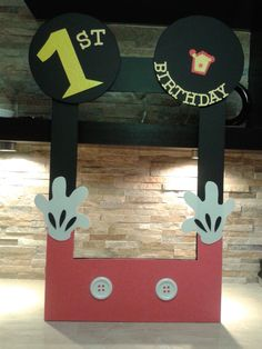 Mickey Mouse Frame Photo Booth by mariscraftingparty on Etsy