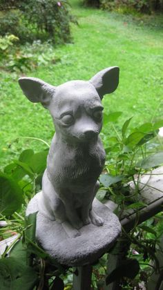 Chihuahua Statue White Toy Dog Concrete Figure Chihuahuas Toy
