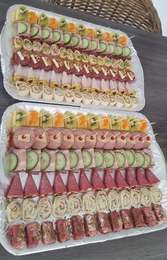 Party Food Platters, Party Dishes, Food Trays, Healthy Dessert Recipes, Appetizer Recipes, Afternoon Tea Recipes, Vegetable Snacks, Charcuterie Recipes, Brunch Party