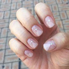 Luxury Nails – Great Make Up Ideas Korean Nail Art, Korean Nails, Cute Nails, Pretty Nails, Transparent Nails, Minimalist Nails, Luxury Nails, Gel Nail Designs, Creative Nails