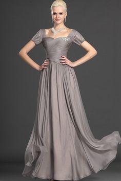 Elegant Mother Of The Bride Dress Short Sleeve Floor Length Ruffled And Beaded