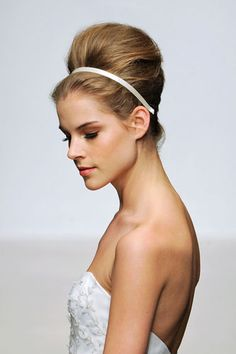 Easy, Lovely Wedding Hair: Copy These Classic Bridal Looks, DIY-Style