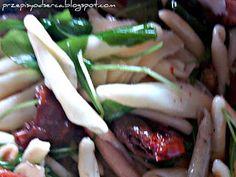 Sałatka z suszonych pomidorów i rukoli/ Sundried tomatoes and rucola salad