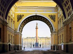 St. Petersburg   Palace Square and the Alexander Column  Photo by Andrew Moore