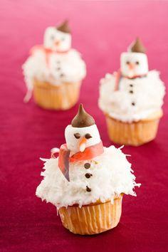 French Snowman Cupcakes.  Paula Dean
