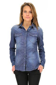 LIU.JO - Camicie - Abbigliamento - Camicia in jeans elasticizzata con bottoncini a pressione ed inserti in lurex.La nostra modella indossa la taglia /EU XS. - BLUE - € 139.00