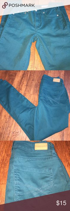 Teal NYC Aeropostale Jeggings High waisted jeggings. Designed in NYC. Teal colored. Like skinny jeans. Size 2 regular jeans. Aeropostale Jeans Skinny
