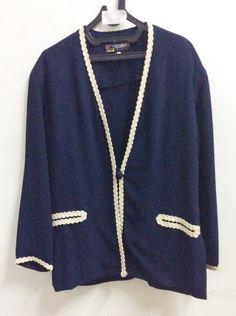 Blouse Sycomore Paris Made in France No. 1  Blus biru tua lengan panjang, ada variasi renda, kancing 1  -Panjang: 72 cm -Lebar: 57 cm  Banting harga karena mau pindah  Sale: IDR 500.000