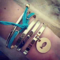 Assortiment de bracelet en plaqué or - joncs cadenas personnalisable et…