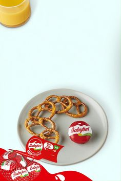 Babybel is an easy, fun and delicious snack you can feel good about. Pair Mini Babybel 100% real cheese with your other favorite snacks for the ultimate tasty treat. Tap the Pin, and learn more. Easy Snacks, Yummy Snacks, Yummy Treats, Snack Recipes, Yummy Food, Babybel Cheese, Cheese Snacks, Milk The Cow, Cheese Ingredients