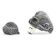 Skull USB