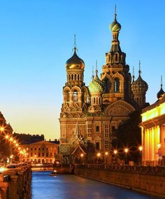 Excursions to Church of The Savior on Blood, St. Petersburg Russia