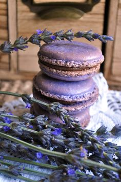 French Macaron Lavender and blueberries, edible macarons, handmade unique gift, gluten free cookie, wedding favors, edible gift, handmade