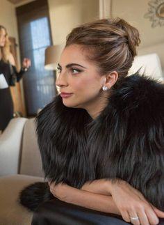 Lady Gaga - Such a classy beautiful lady! Fotos Lady Gaga, Lady Gaga Pictures, Lady Gaga Hair, Lady Gaga Makeup, Joanne Lady Gaga, Justin Timberlake, Justin Bieber, Beyonce, Rihanna