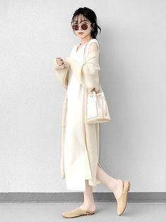 White Fashion, Look Fashion, 90s Fashion, Fashion Outfits, Modest Outfits, Casual Outfits, Mode City, Korean Girl Fashion, Mix Match