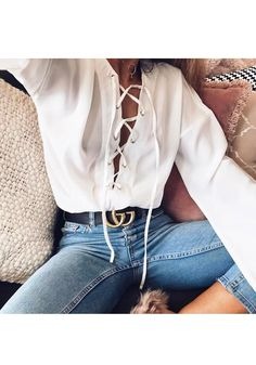 White Plain Drawstring V-neck Long Sleeve Casual Blouse Style Outfits, Casual Outfits, Denim Outfits, Cute Outfits, Fashion Outfits, Womens Fashion, Fashion Trends, 90s Fashion, Latest Fashion