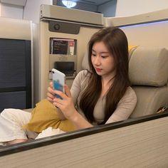 Kpop Girl Groups, Korean Girl Groups, Kpop Girls, Programa Musical, Fandom, Thats The Way, Bias Wrecker, New Girl, K Idols