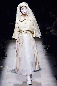 Comme des Garçons Fall 2005 Ready-to-Wear Collection Photos - Vogue