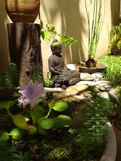 15 Most Popular Asian Garden Design Inspiration for Your Backyard - Home Bigger Zen Garden Design, Japanese Garden Design, Garden Art, Zen Design, Garden Plants, Modern Design, Meditation Garden, Meditation Space, Prayer Garden