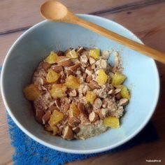 Kokosgrød med appelsin, mandler og kanel
