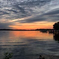 End of summer sunset. #lakeminnetonka #minnesota #mn #exploremn #nature #summer #sunset #mnlakelife #lakelife #lake #minnetonka #tonka #waves #sun #water #clouds