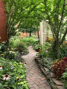 Path and Walkway Landscaping Ideas by hildacollera