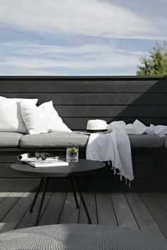 DIY OUTDOOR SOFA I´ve mentioned earlier that we made a DIY outdoor sofa on the top level on our terrace, and now with the new pillows it not only looks better, but it´s much more comfy as well. My pla Outdoor Sofa, Used Outdoor Furniture, Garden Furniture, Outdoor Spaces, Outdoor Living, Outdoor Decor, Furniture Sale, Rustic Furniture, Modern Furniture