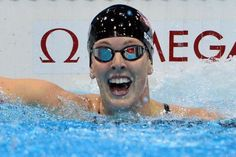 Allison Schmitt wins Gold in 200 meter freestyle
