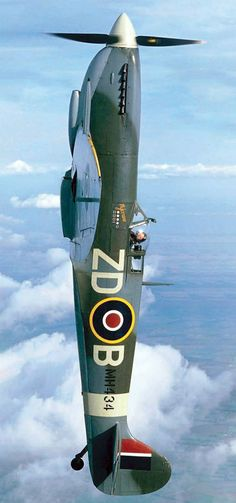Board: Planes, Jets, and Helicopters Ww2 Aircraft, Fighter Aircraft, Military Aircraft, Fighter Jets, Spitfire Airplane, F22 Raptor, The Spitfires, Old Planes, Supermarine Spitfire