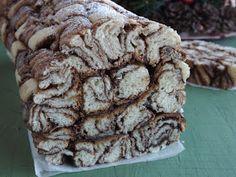 Kipróbált és bevált receptek ...: Csavarva tekert, mogyorókrémes kalács Cookies, Desserts, Food, Tailgate Desserts, Biscuits, Deserts, Essen, Dessert, Cookie Recipes