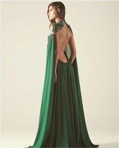 - Source by athenabrauer - - – Source by athenabrauer – Source by tabskempe - Fantasy Gowns, Look Boho, Evening Dresses, Formal Dresses, Beautiful Gowns, Dream Dress, The Dress, Pretty Dresses, Dress To Impress