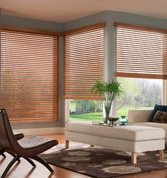 Window Treatment Ideas For Spring. A new season is the perfect time to dress up your windows with clever upgrades of curtains, shades, blinds and more. Kids Curtains, Cool Curtains, Roman Shades Kitchen, Blinds For Sale, Curtain Designs, Curtain Ideas, Kitchen Blinds, Wood Blinds, Small Windows