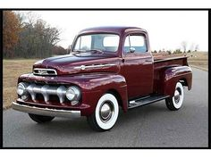1952 Ford Pick-up. Let's go for a ride! Vintage Pickup Trucks, Classic Pickup Trucks, Old Ford Trucks, Antique Trucks, Ford Classic Cars, Vintage Cars, 4x4 Trucks, 1952 Ford Truck, Chevy Classic