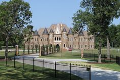 Castle house in Southlake, TX.I need to live here! Big Beautiful Houses, Beautiful Homes, Dream Home Design, My Dream Home, Dream Mansion, Luxury Homes Dream Houses, Unusual Homes, Castle House, Mansions Homes