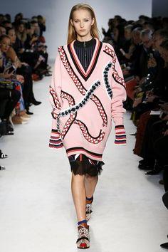 Emilio Pucci Autumn/Winter 2016 - 2017 FW/16 17 Ready To Wear Milan Fashion Week #MFW